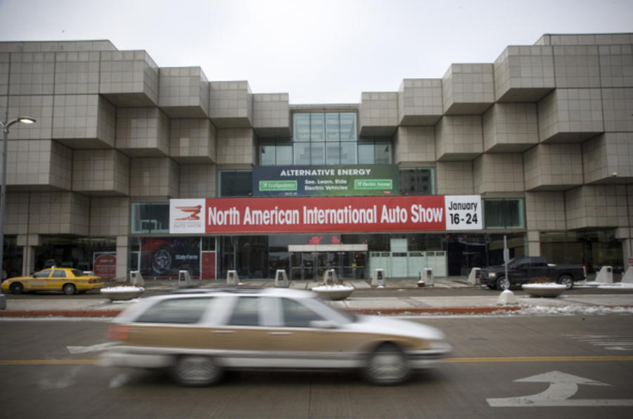 Detroit show report + pics