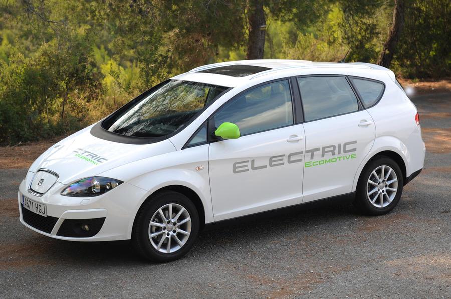Seat Altea XL EV cornering