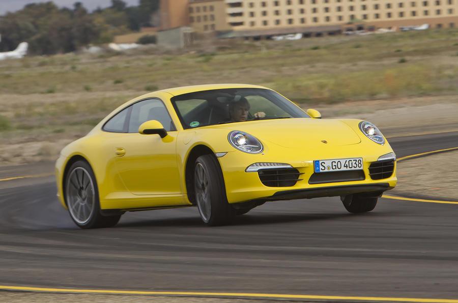 Porsche 911 Carrera S drifting