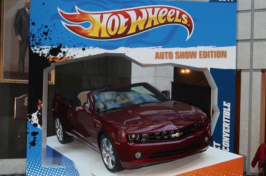 Detroit motor show report + pics