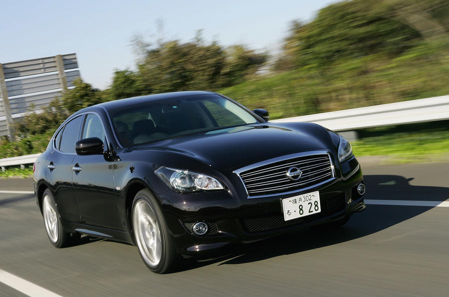 Nissan Fuga 370GT Type S