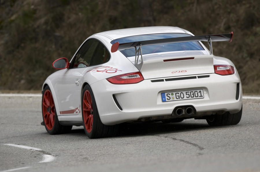 Porsche 911 GT3 RS rear cornering