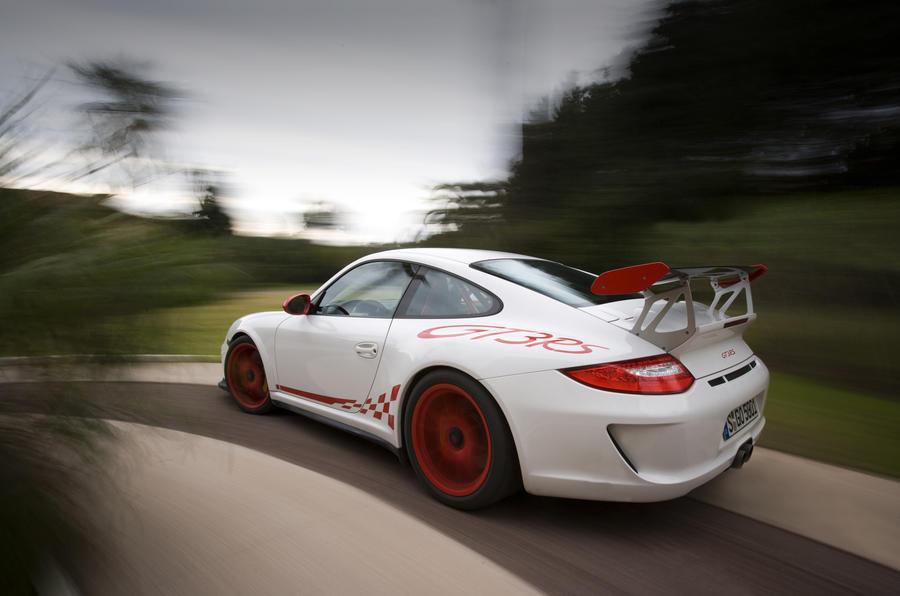Porsche 911 GT3 RS rear cornering