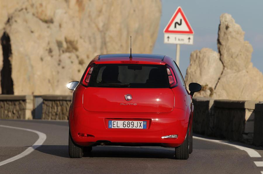 Fiat Punto 0.9 TwinAir rear