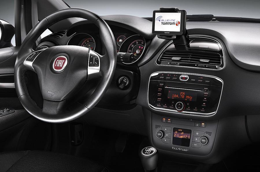 Fiat Punto 0.9 TwinAir dashboard