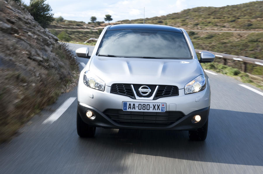 Nissan Qashqai front end