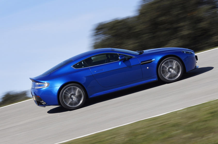 Aston Martin V8 Vantage S cornering