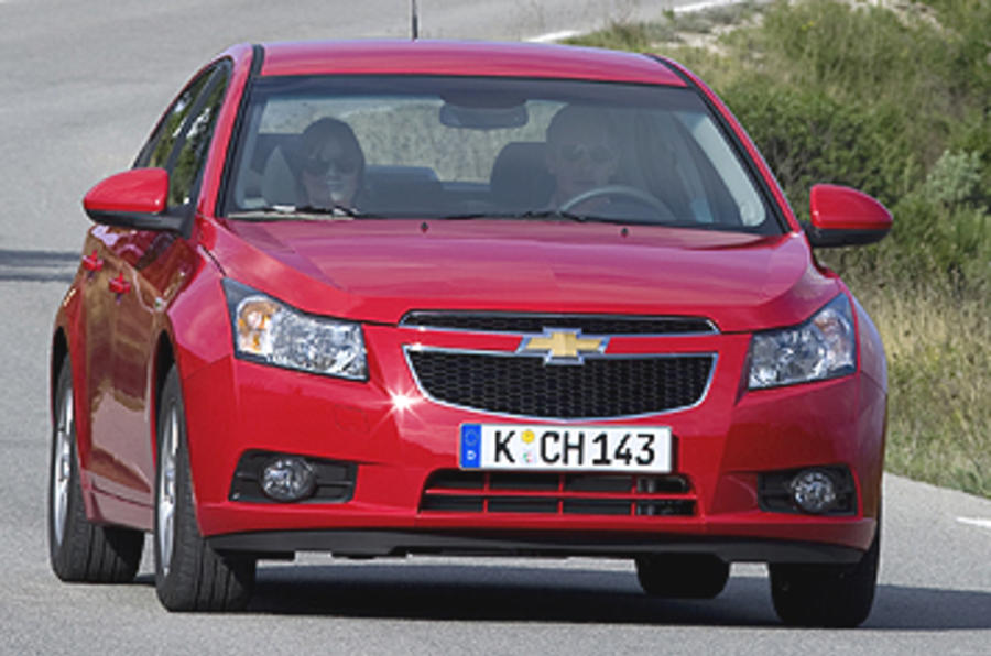 Chevrolet Cruze 18 Lt Review Autocar