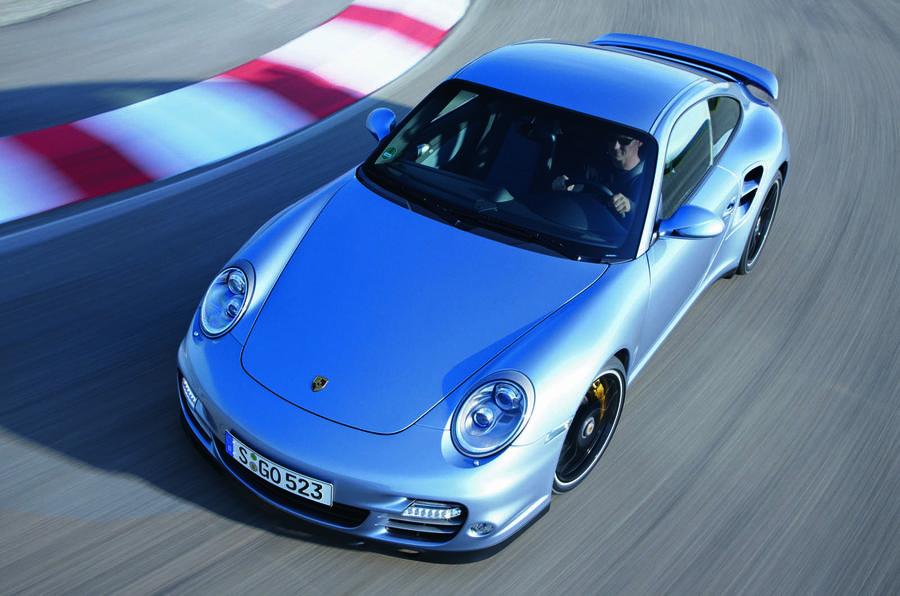 Porsche 911 Turbo S cornering