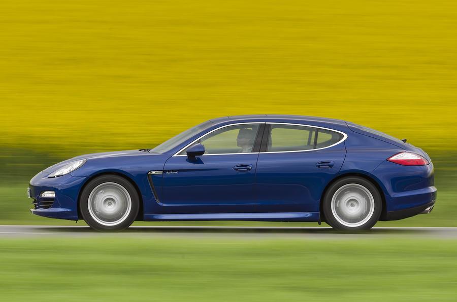 Porsche Panamera side profile