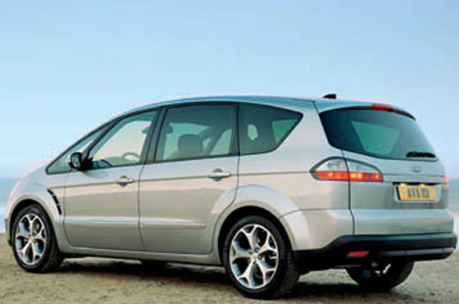 ford s max 2 5t titanium review autocar. Black Bedroom Furniture Sets. Home Design Ideas