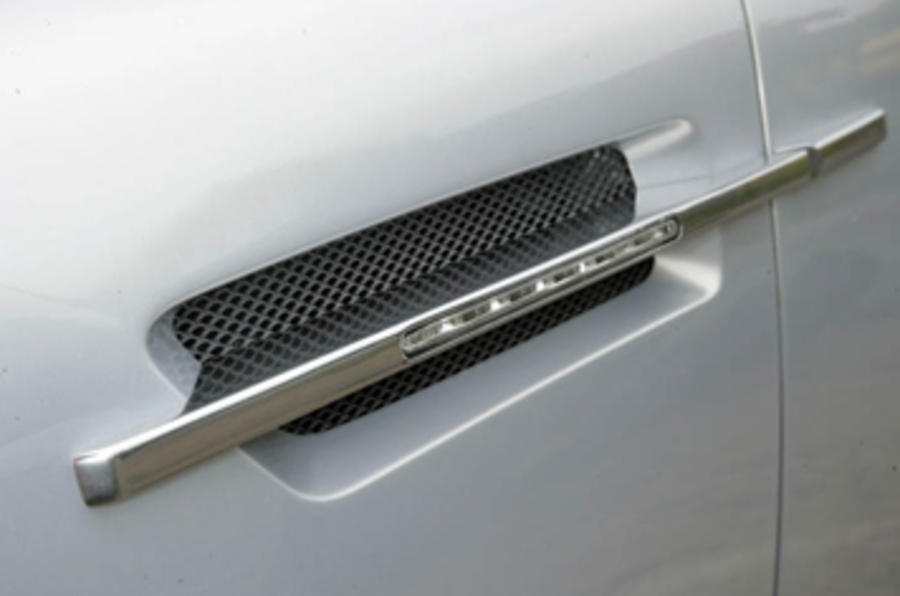 Aston Martin DBS side vents