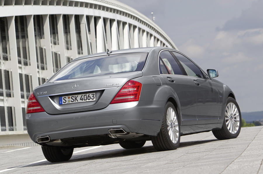 Mercedes-Benz S 350 rear