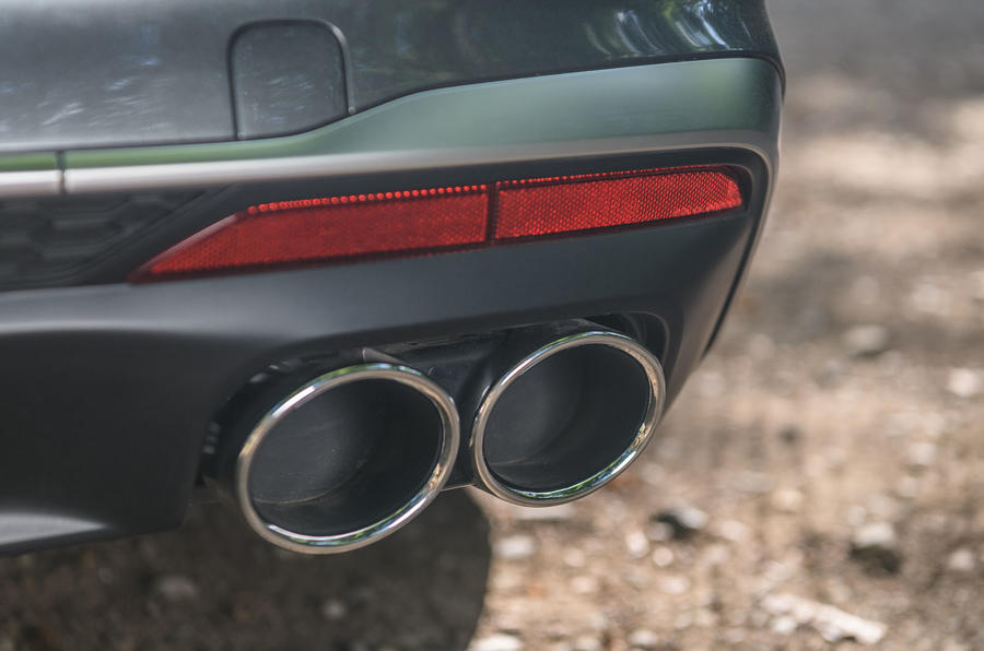 Audi S4 TDI 2019 road test review - exhausts