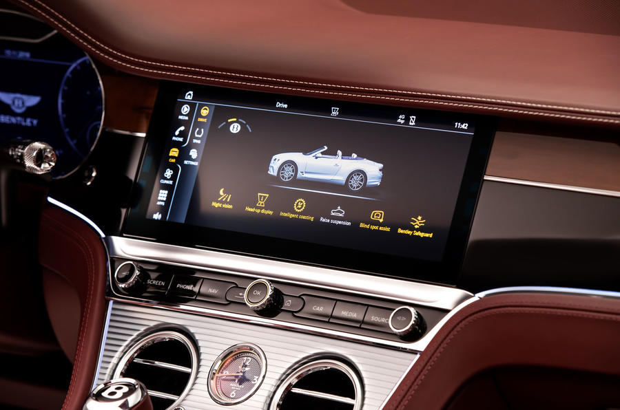 Bentley Continental GTC 2019 first drive review - infotainment