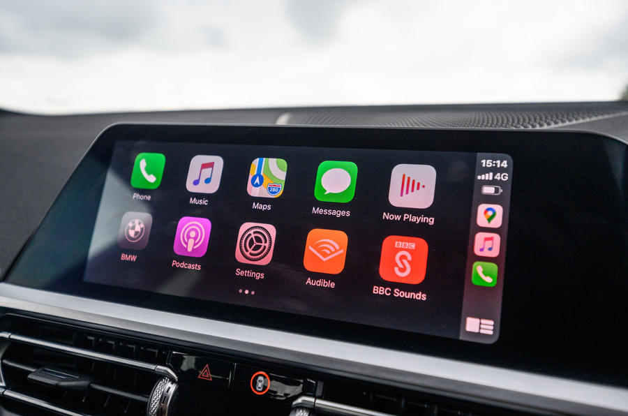 BMW 3 Series 330e 2020 road test review - carplay