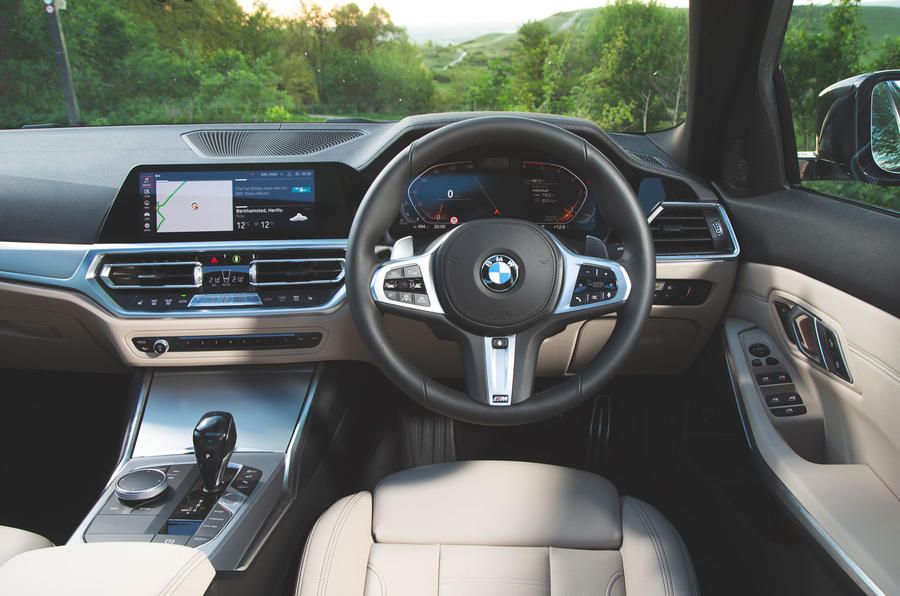 BMW 3 Series 320d 2019 Road Test review - dashboard