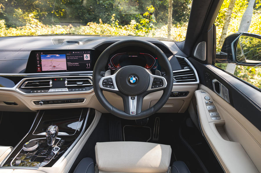 BMW X7 2020 : bilan de l'essai routier - tableau de bord