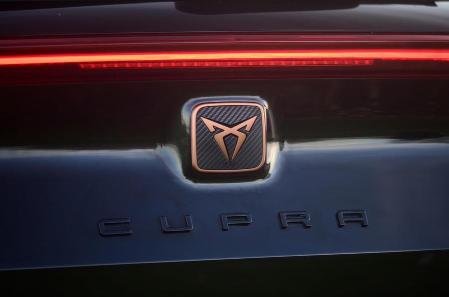 11 Cupra Formentor 2021 examen routier examen badge arrière