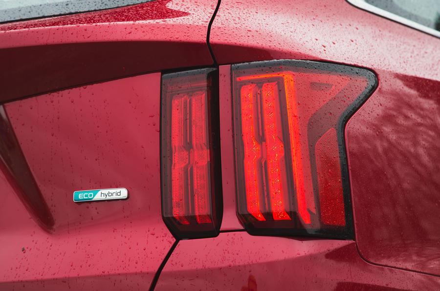 11 Kia Sorento 2021 : essai routier - révision des feux arrière