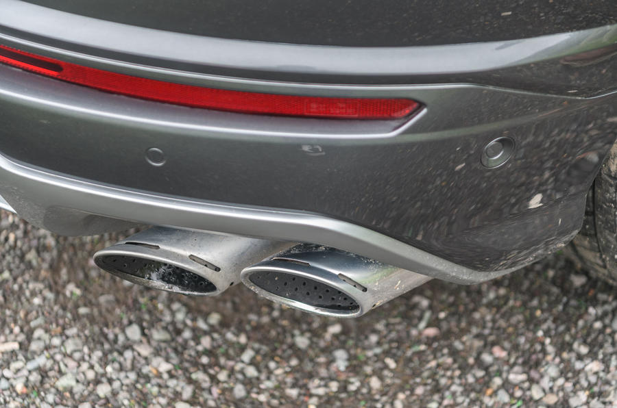 Lamborghini Urus 2019 road test review - exhausts