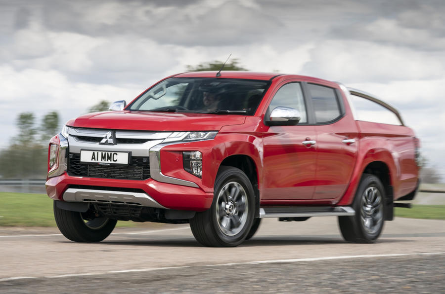 Mitsubishi L200 2019 road test review - cornering front