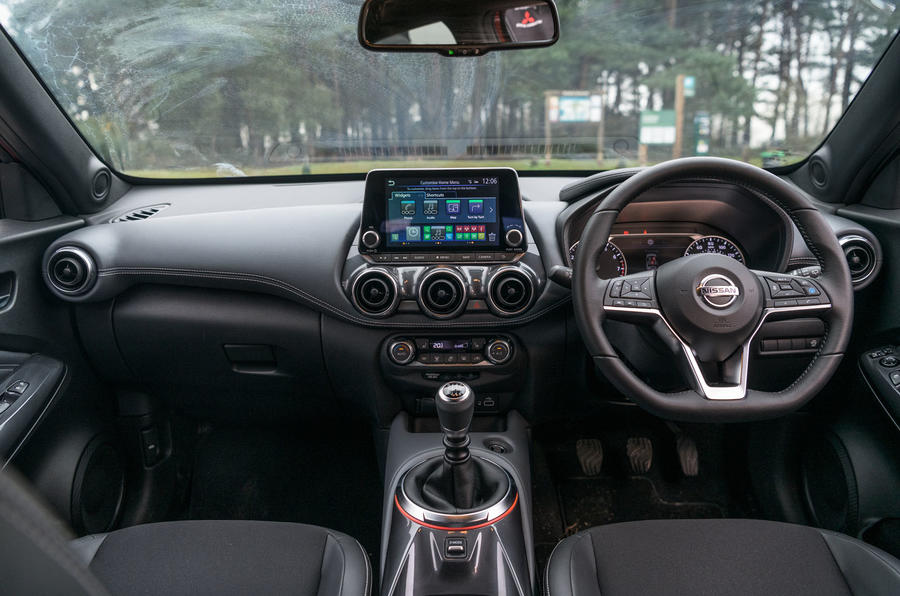 Nissan Juke 2020 road test review - dashboard