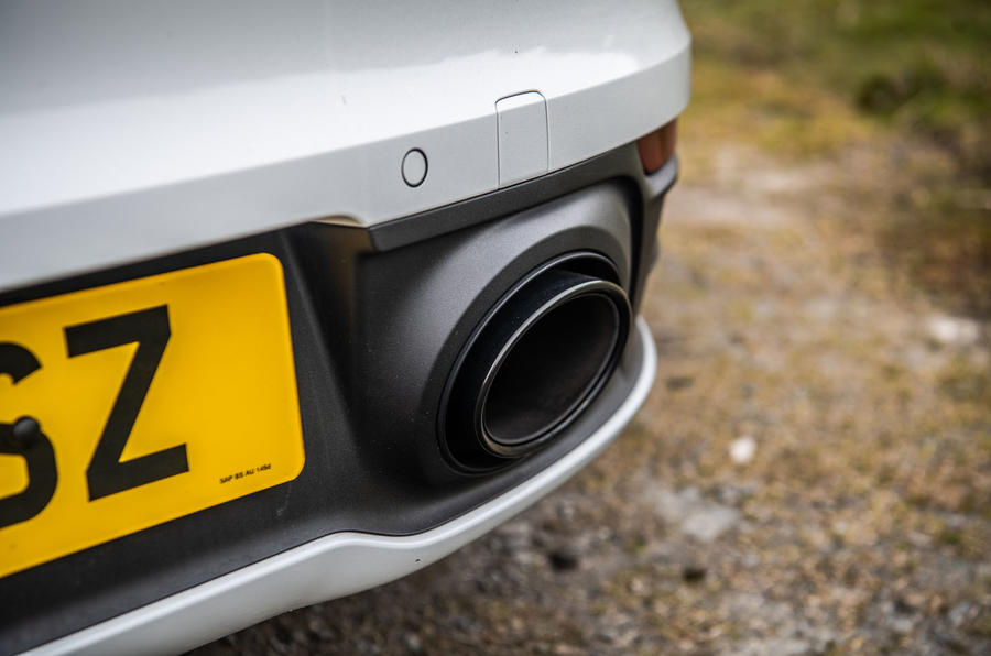 Porsche 911 Carrera S 2019 road test review - exhaust