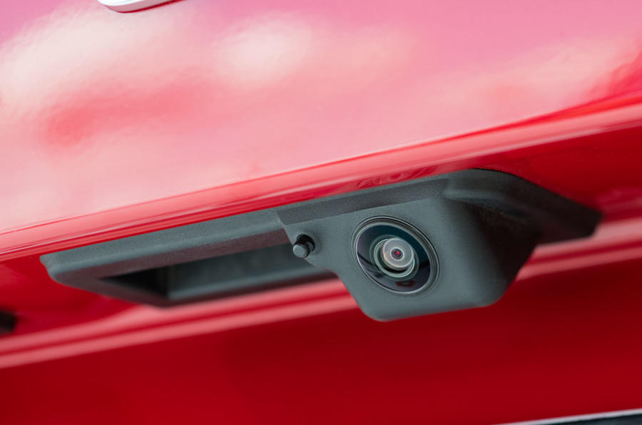 Skoda Kamiq 2019 road test review - rear view camera