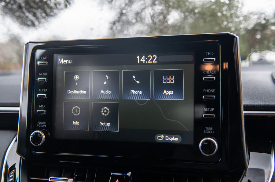 Toyota Corolla Touring Sports 2019 road test review - infotainment menus