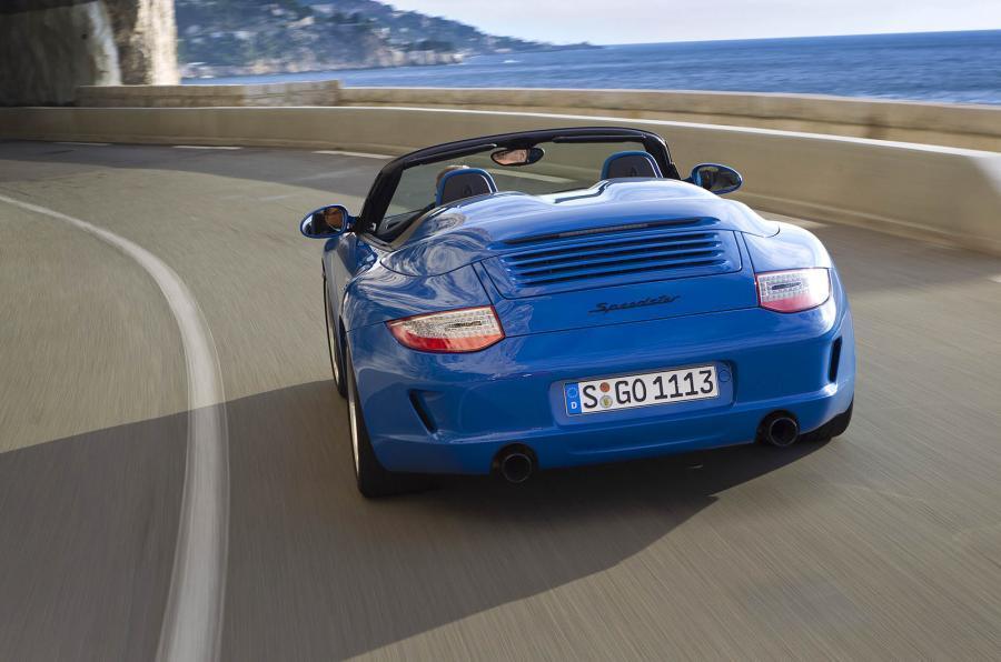 Porsche 911 Speedster rear cornering