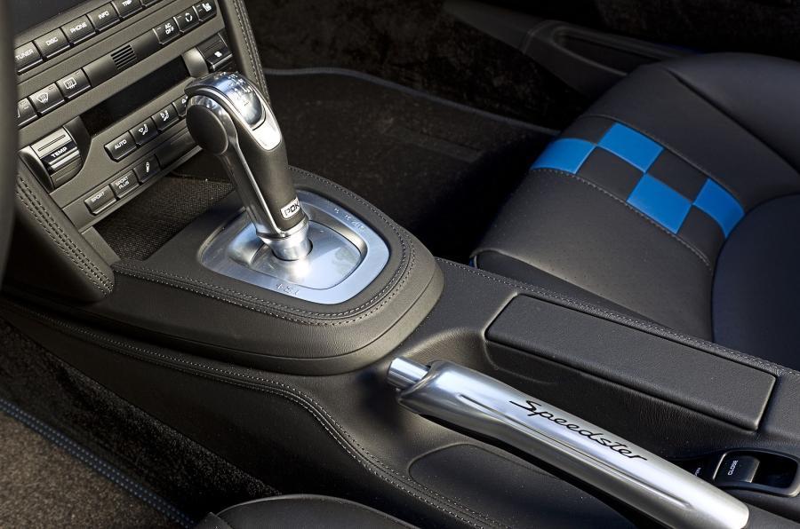 Porsche 911 Speedster manual gearbox