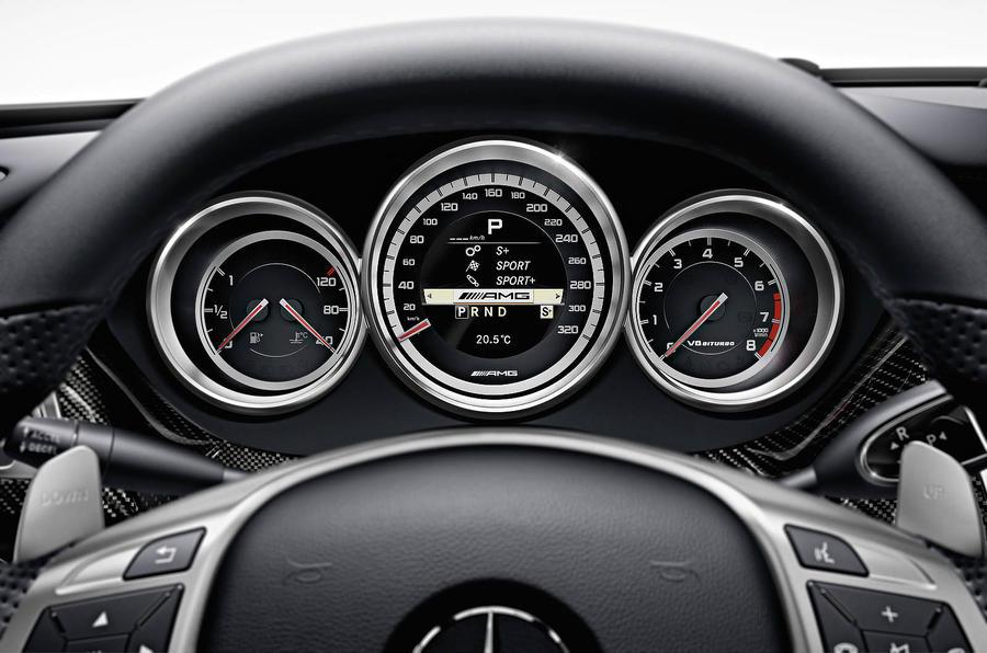 Mercedes-AMG CLS 63 instrument cluster