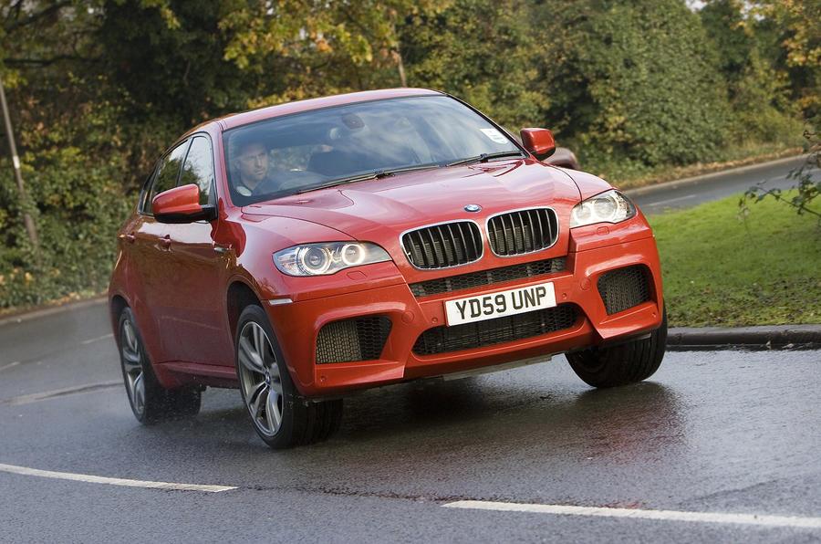BMW X6 M cornering