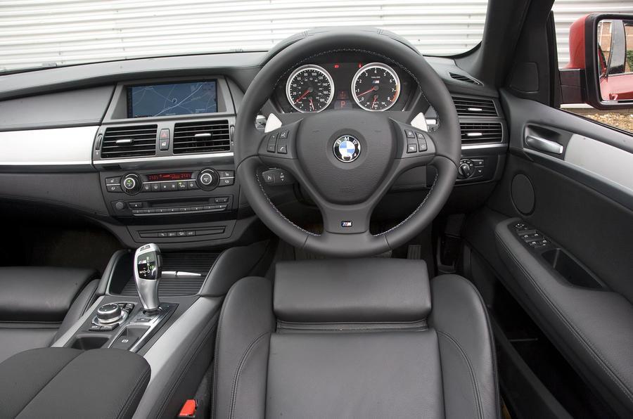 BMW X6 M dashboard