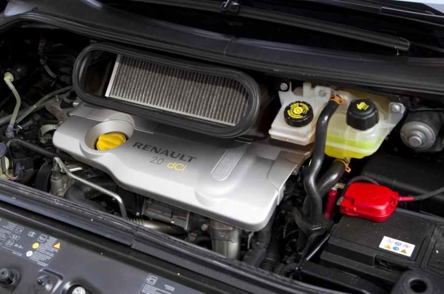 2.0-litre Renault Grand Espace diesel engine