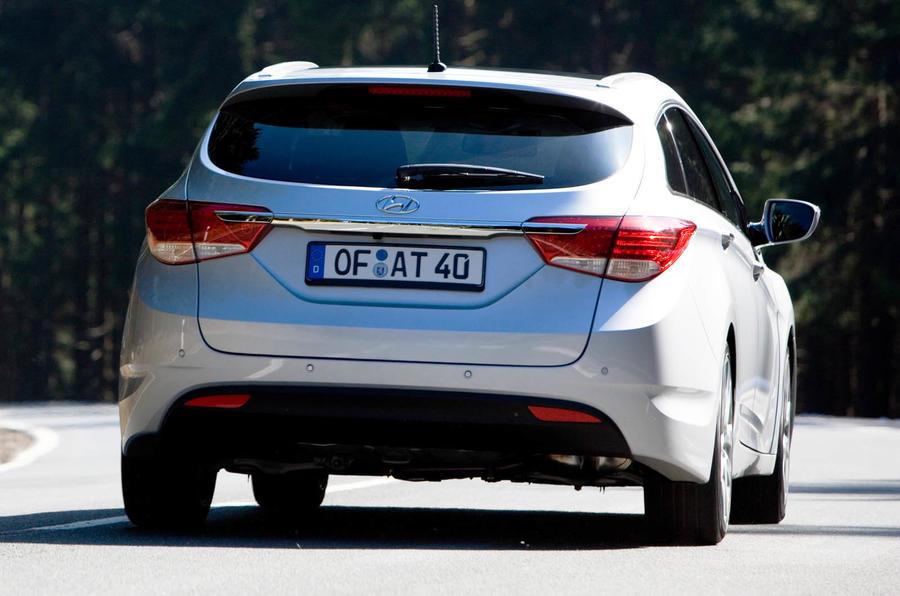 Hyundai i40 Tourer rear