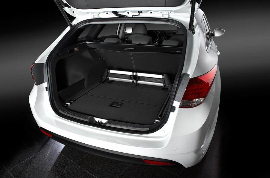 Hyundai i40 Tourer boot space