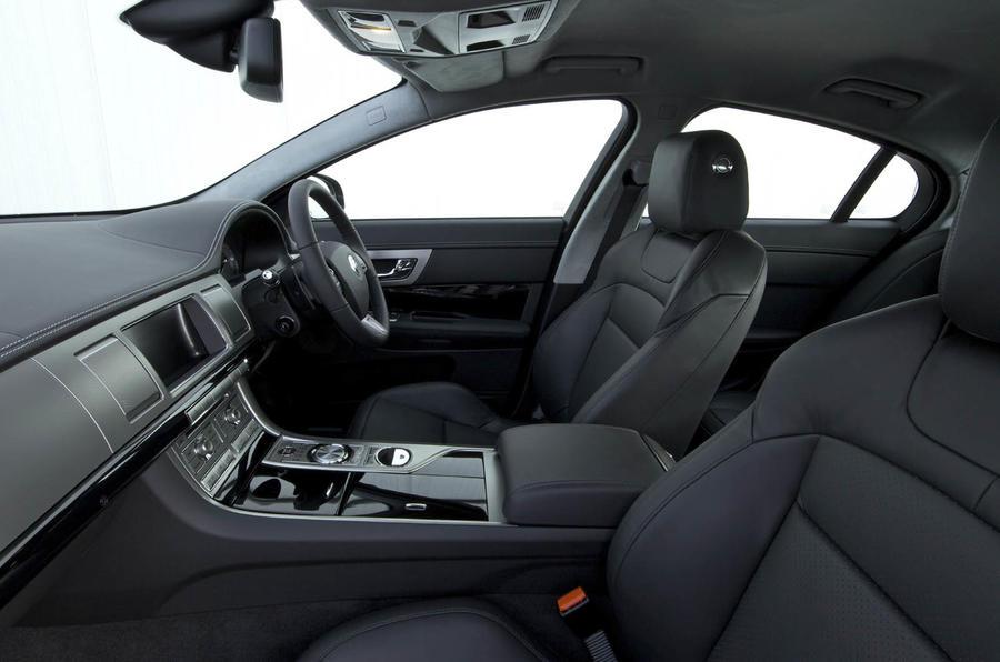 Jaguar XF Dynamics Pack