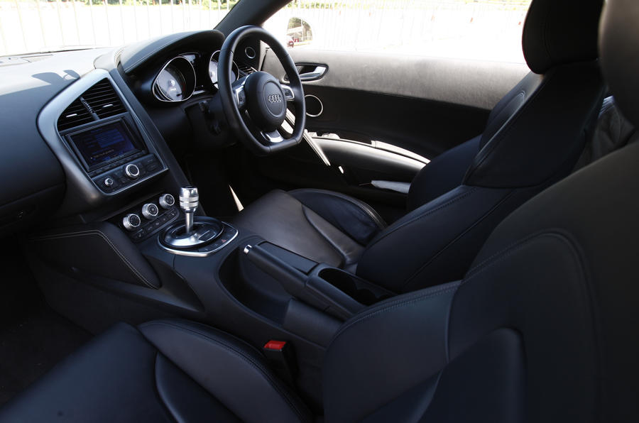 Audi R8 V8 supercharged interior