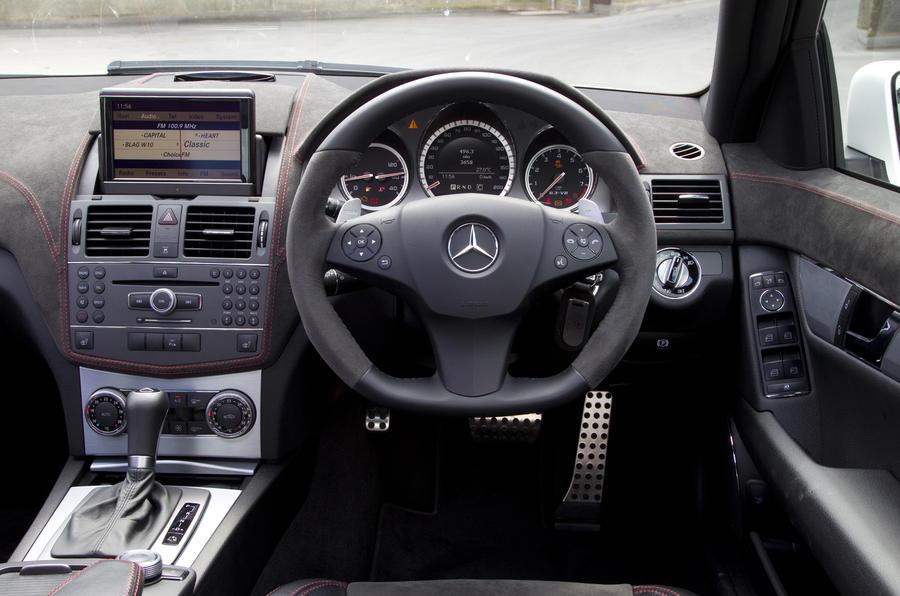 Mercedes-AMG C 63 DR520 dashboard