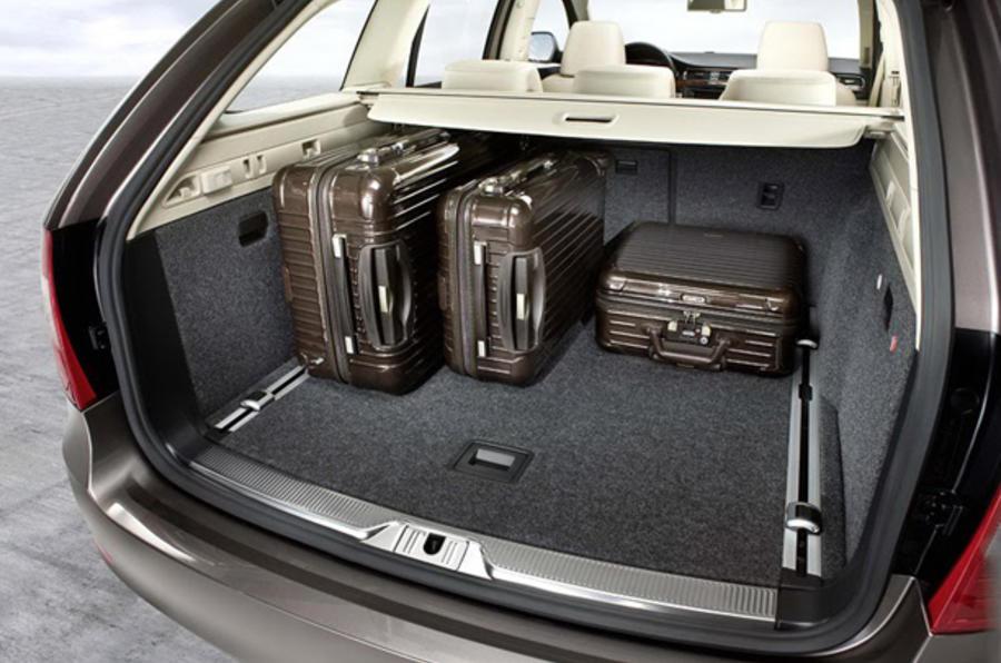 Skoda Superb Estate 1 4 Tsi Review Autocar
