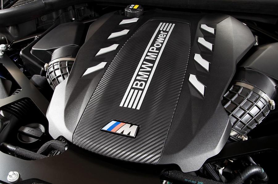 BMW X5 M Competition 2020 : examen des essais routiers - moteur