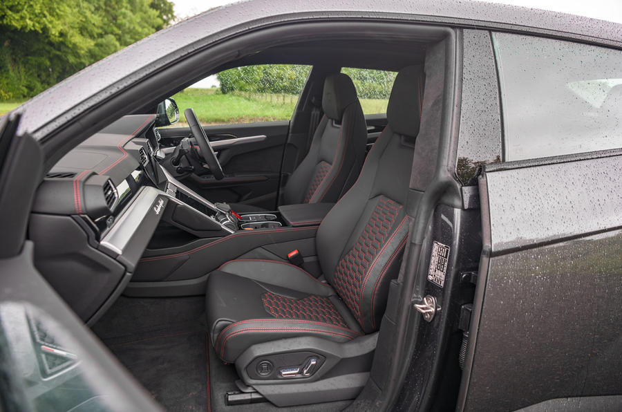 Lamborghini Urus 2019 road test review - front seats