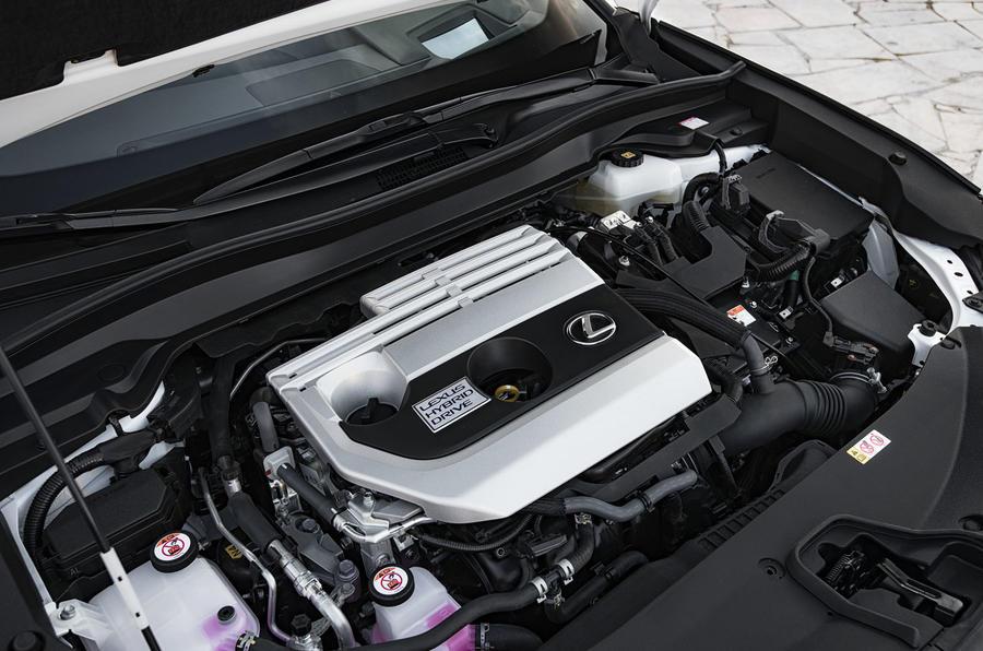 Lexus UX 2019 road test review - engine