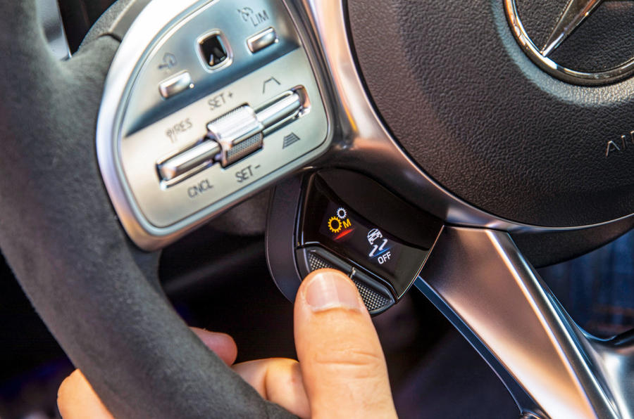 Mercedes-AMG A35 2018 review - driving modes