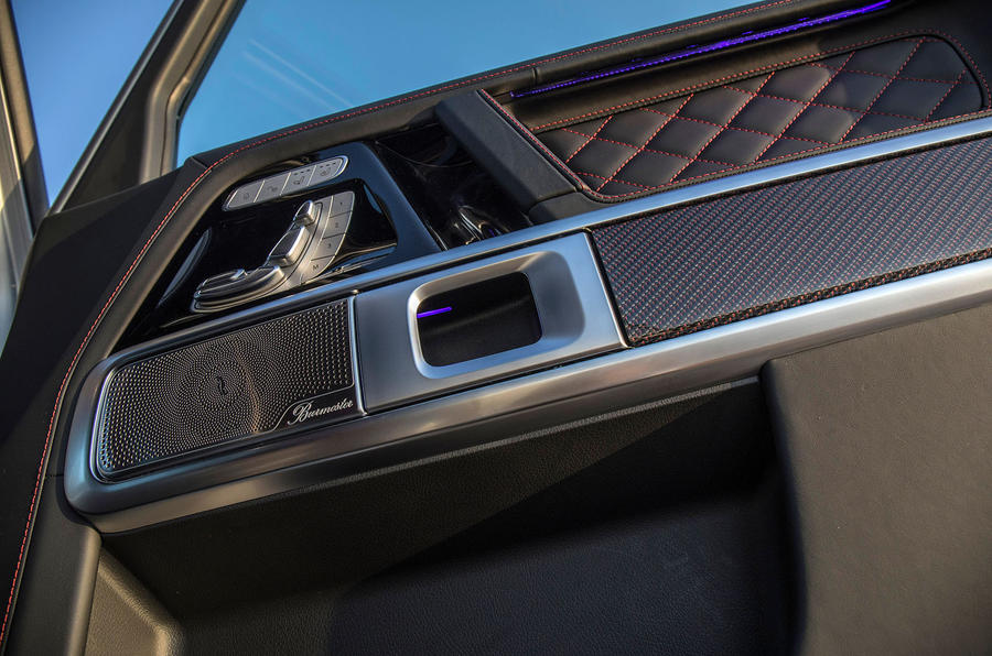 Mercedes-AMG G63 2018 review door controls