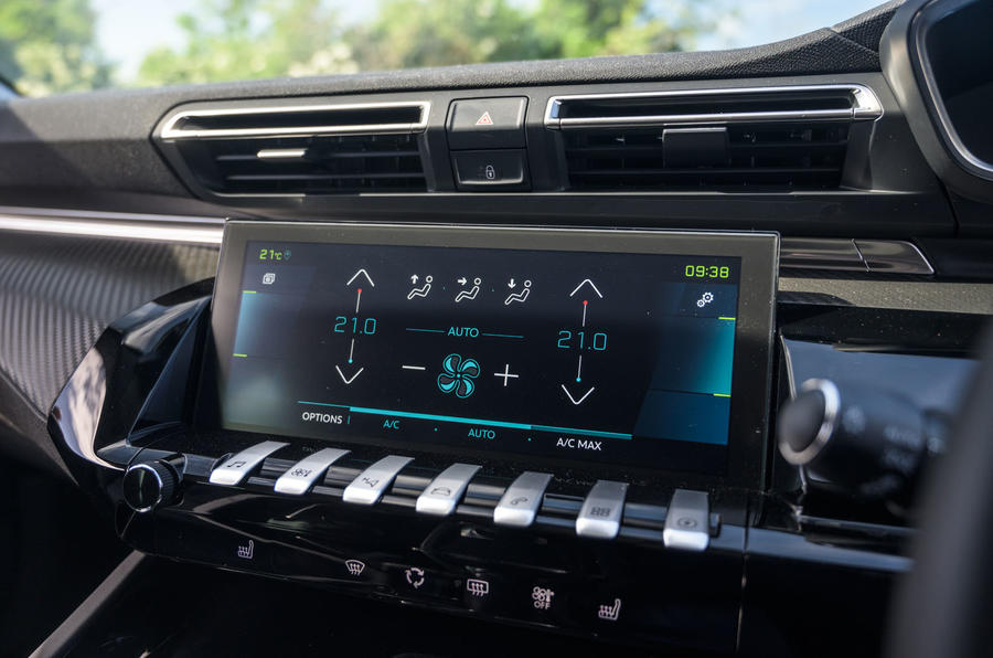 Peugeot 508 SW Hybrid 2020 road test review - infotainment
