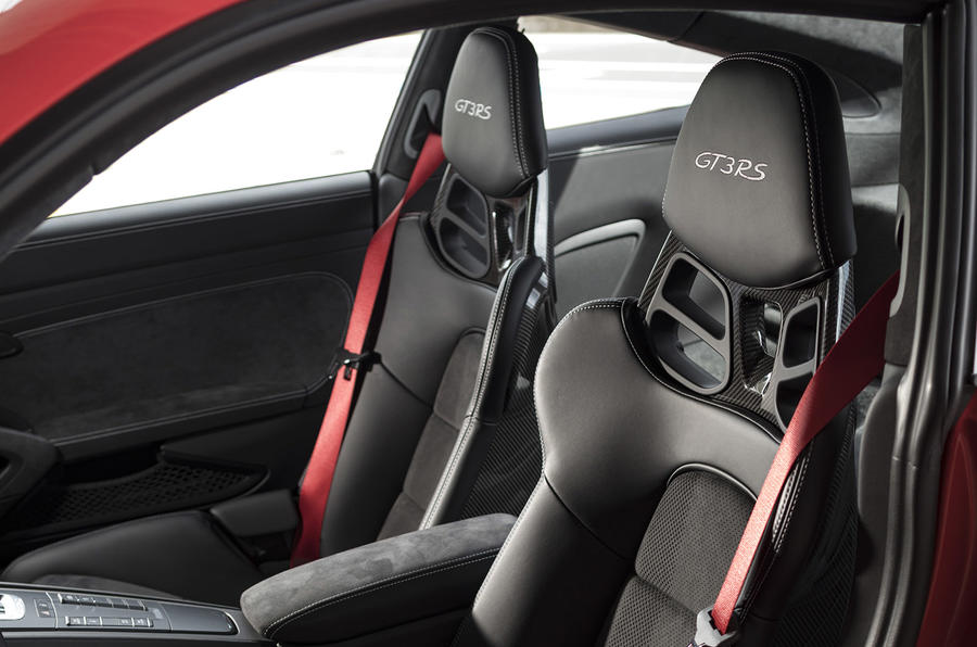 Porsche 911 GT3 RS 2018 review seats