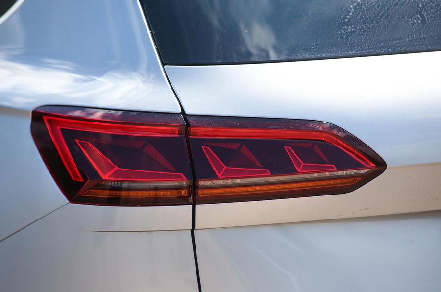 Volkswagen Touareg 2018 road test review rear lights